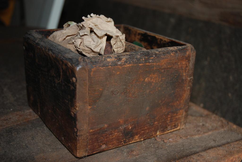 Gammel kasse hos Plankefrue