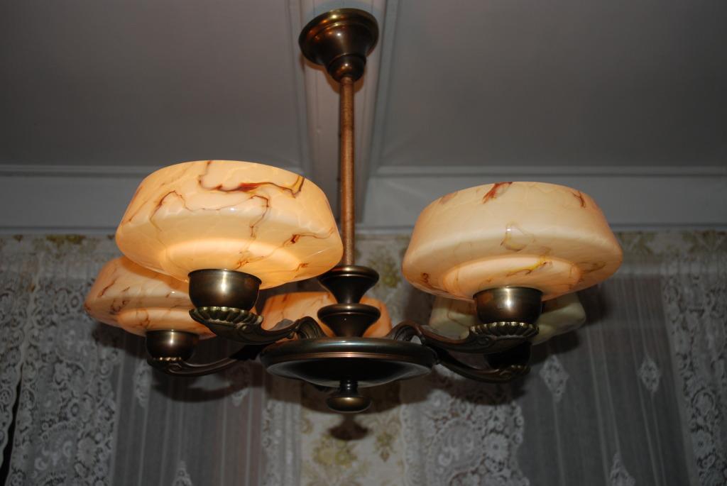 5-armet lampe hos Plankefrue